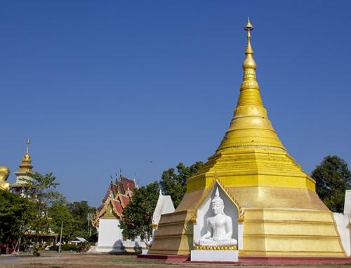Wat Mai Plai Huai, un surreale tempio buddhista