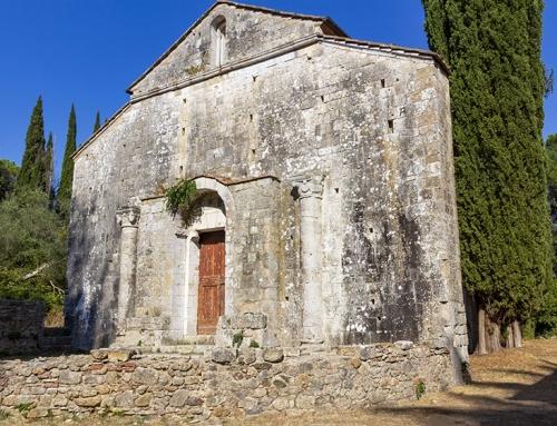 La decadente bellezza di San Lorenzo al Lanzo